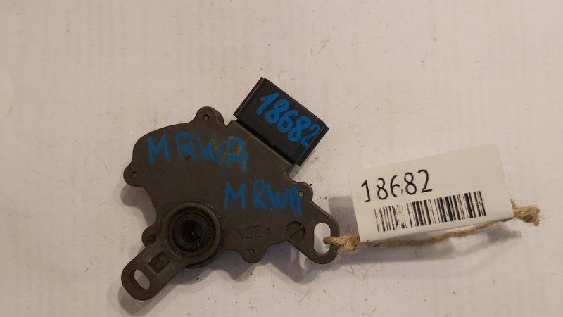 Селектор акпп Honda Cr-V K20A (б/у)