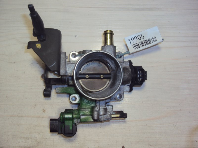 Дроссельная заслонка Toyota Wish ZZE127 1ZZ (б/у)