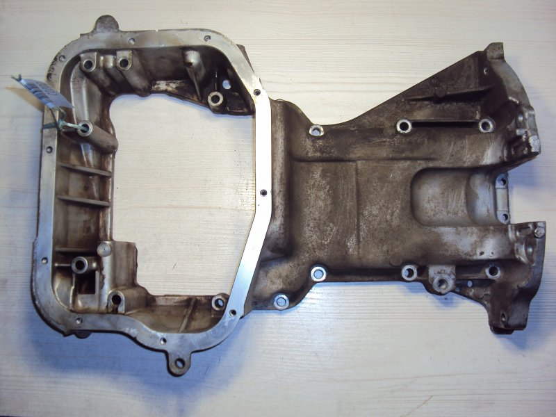 Поддон Nissan Avenir RNW11 QR20 (б/у)