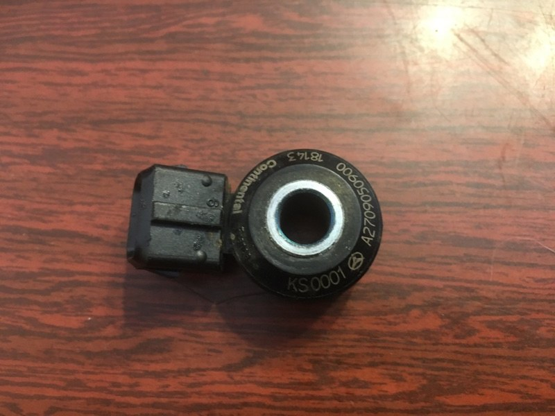 Датчик детонации Mercedes-Benz A205.440 M274E20 (б/у)