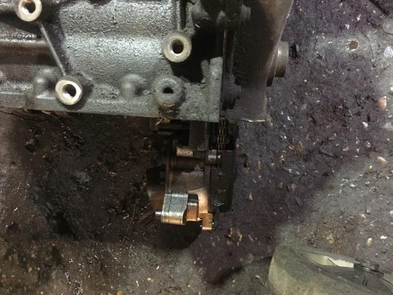 Масляный насос Volkswagen Tiguan CAVA (б/у)
