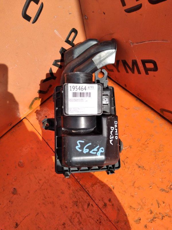 Корпус воздушного фильтра Mazda Demio DW3W B3 2000 (б/у)