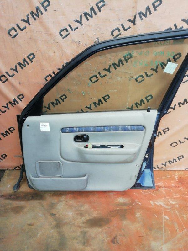 Обшивка двери Mazda Demio DW3W B3 передняя правая (б/у)