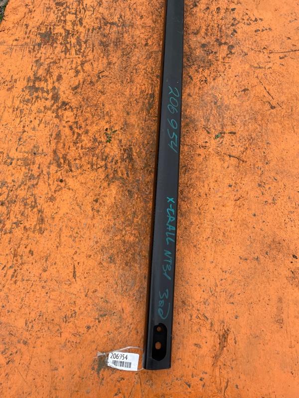 Усилитель бампера Nissan X-Trail NT31 MR20 задний (б/у)