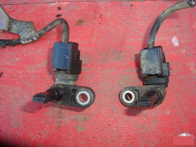 Датчики и выключатели Toyota Fj Cruiser GSJ15V 1GRFE передние (б/у)