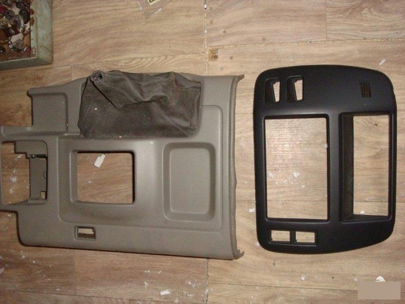 Консоль кпп Nissan Safari 61 ZD30DDTI (б/у)