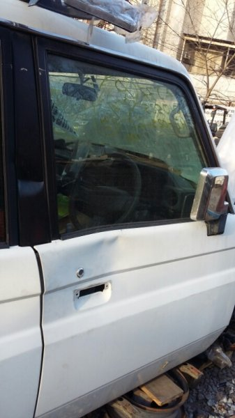 Стекло двери Toyota Land Cruiser 70 PZJ77 HZJ77 LJ78 KZJ78 1HZ 1PZ 1997 переднее правое (б/у)