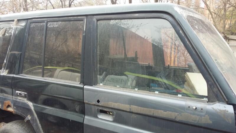 Стекло двери Toyota Land Cruiser Prado KZJ78 1KZTE переднее правое (б/у)