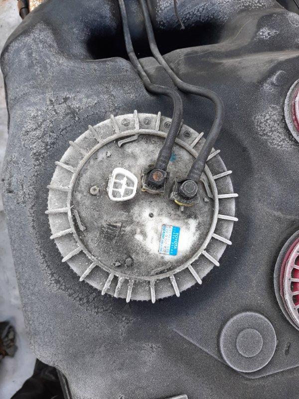 Бензонасос Toyota Fj Cruiser GSJ15 1GRFE 2012 (б/у)