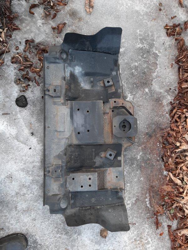 Защита двигателя Toyota Fj Cruiser GSJ15 1GRFE 2012 (б/у)