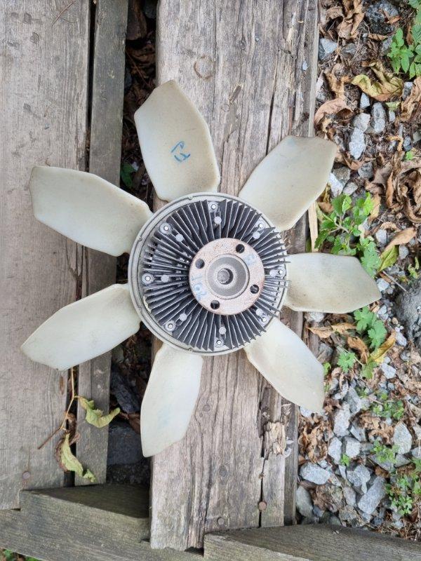 Вентилятор с вискомуфтой Toyota Fj Cruiser GSJ15 1GRFE 2012 (б/у)