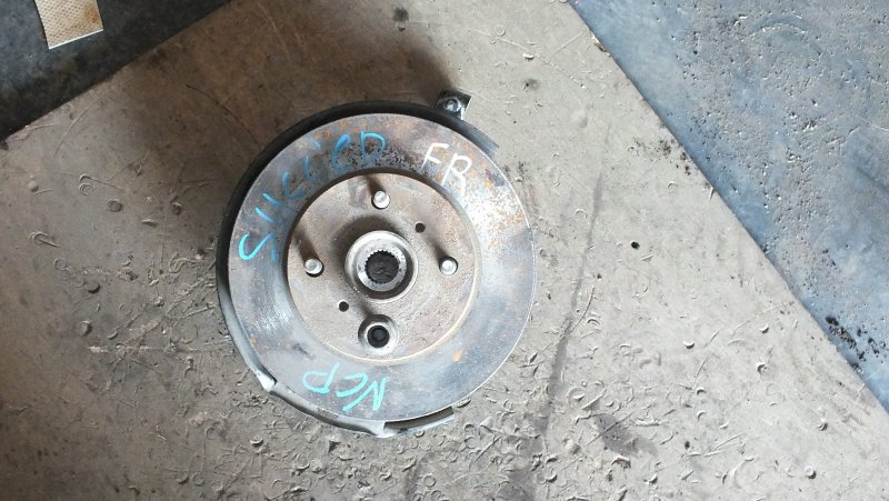СТУПИЦА FR TOYOTA SUCCEED NCP50 43211-52010 Япония