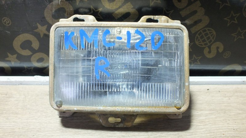 ФАРА  2АХ NISSAN VANETTE LARGO KMC120 Z20S Япония