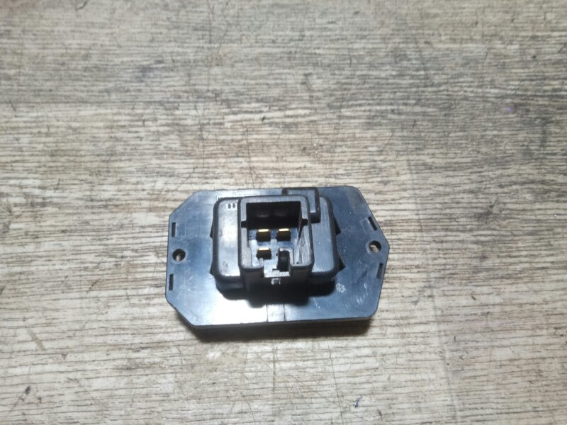 Реостат печки Toyota Alphard MNH10 1MZFE 2004 задний (б/у)