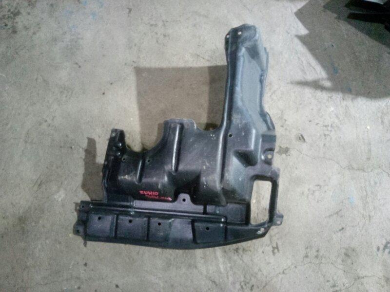 Защита двигателя Toyota Isis ZNM10 1ZZFE 2006 правая (б/у)