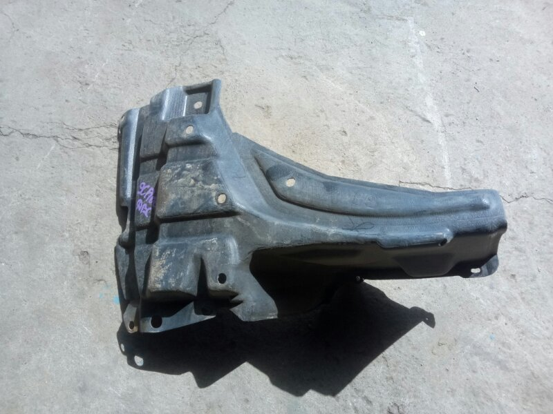Защита двигателя Toyota Ractis SCP100 2SZFE 2005 правая (б/у)