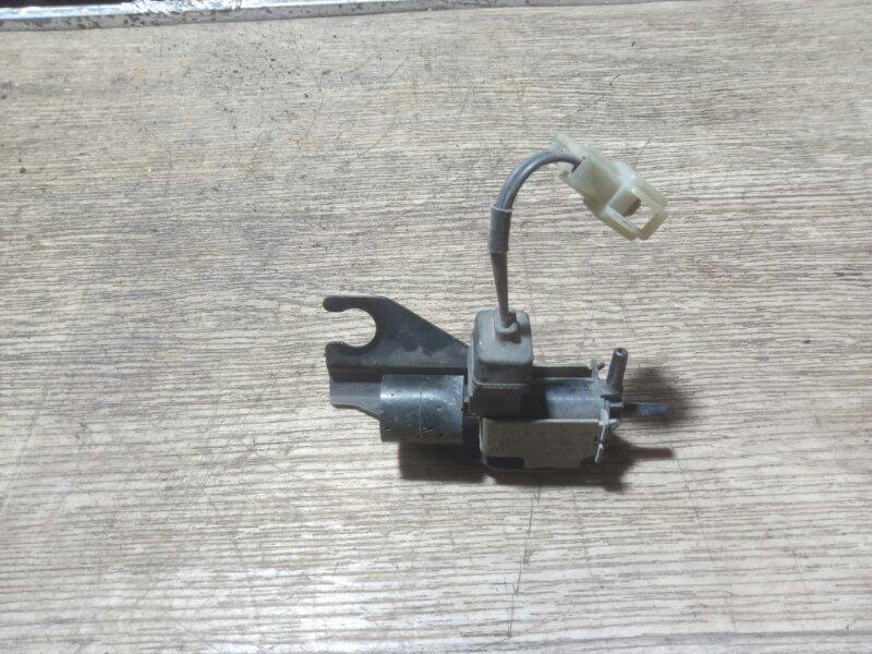 Клапан вакуумный Mitsubishi Pajero V46W 4M40 1996 (б/у)