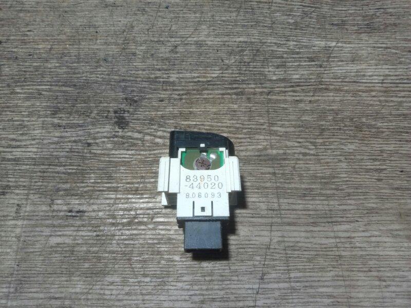 Кнопка стеклоподъемника Toyota Gaia SXM10 3SFE (б/у)