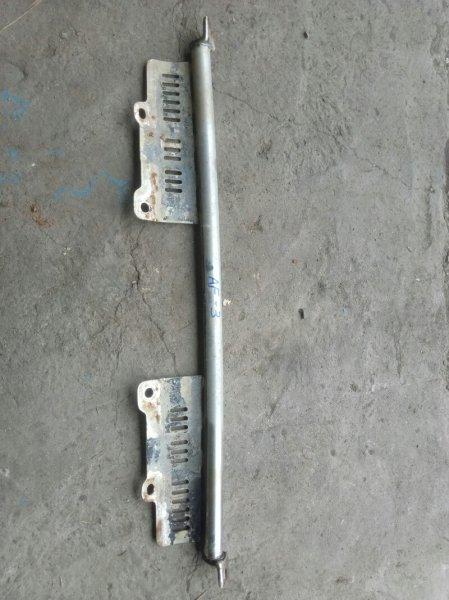 Крепление дуги Subaru Leone AF3 EA81 (б/у)