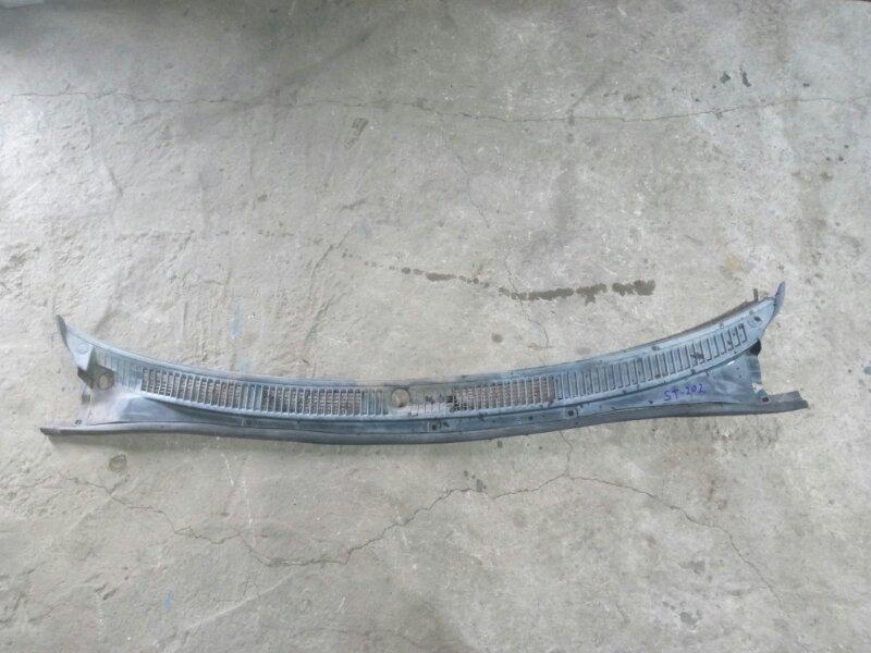 Решетка дворников (жабо) Toyota Carina Ed ST205 3SGE9253201 (б/у)