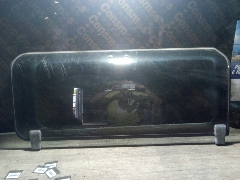 Стекло люка Toyota Lite Ace KM30 5KU правое (б/у)
