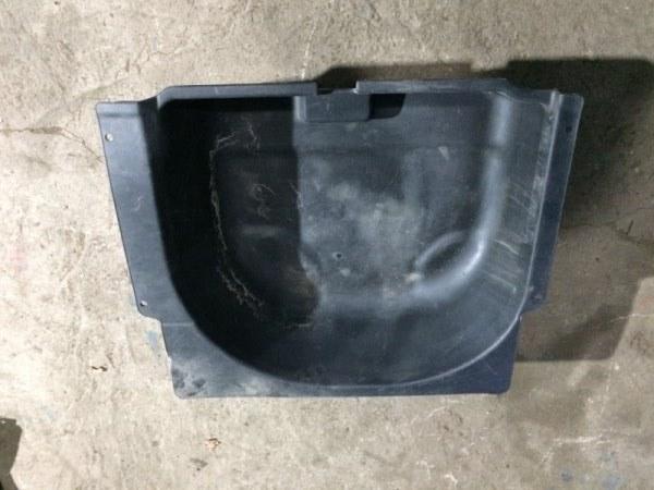 Ванна под запаску Honda Cr-V RD1 задняя нижняя (б/у)