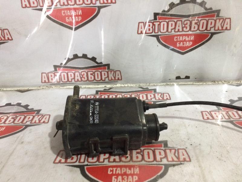 Фильтр паров топлива Toyota Cresta GX81 (б/у)