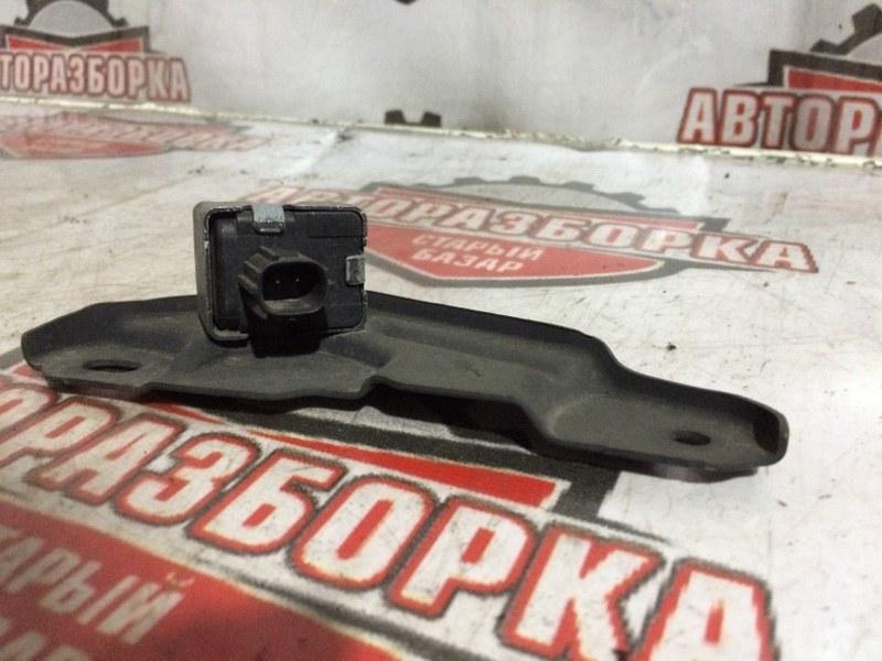 Датчик airbag Toyota (б/у)