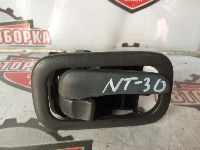 Ручка двери внутренняя Nissan X-Trail NT30 QR20 2001 передняя правая (б/у)