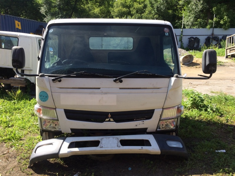 Кабина Mitsubishi Fuso Canter FEB50 4P10 2012 (б/у)