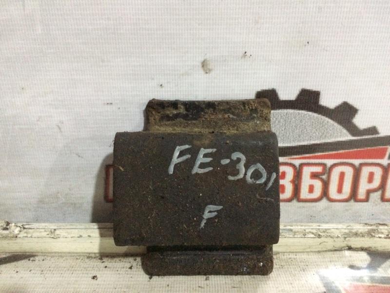 Чашка рессоры Mitsubishi Fuso Canter FE301B 4D30 1991 передняя (б/у)