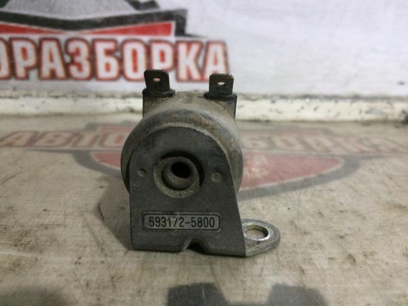 Клапан Nissan (б/у)