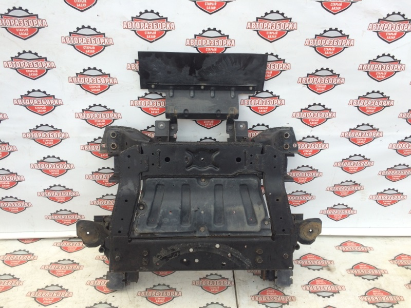 Балка под двс Nissan Atlas SZ2F24 ZD30DDTI 2008 передняя (б/у)