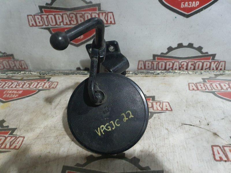 Стойка зеркала Nissan Vanette VPGJC22 A15S левая (б/у)