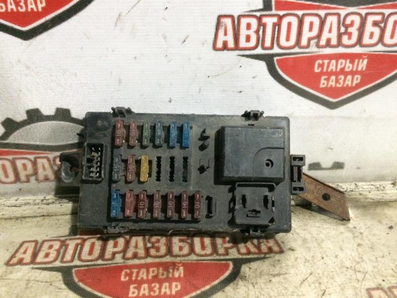 Блок предохранителей Daihatsu Terios J100G (б/у)