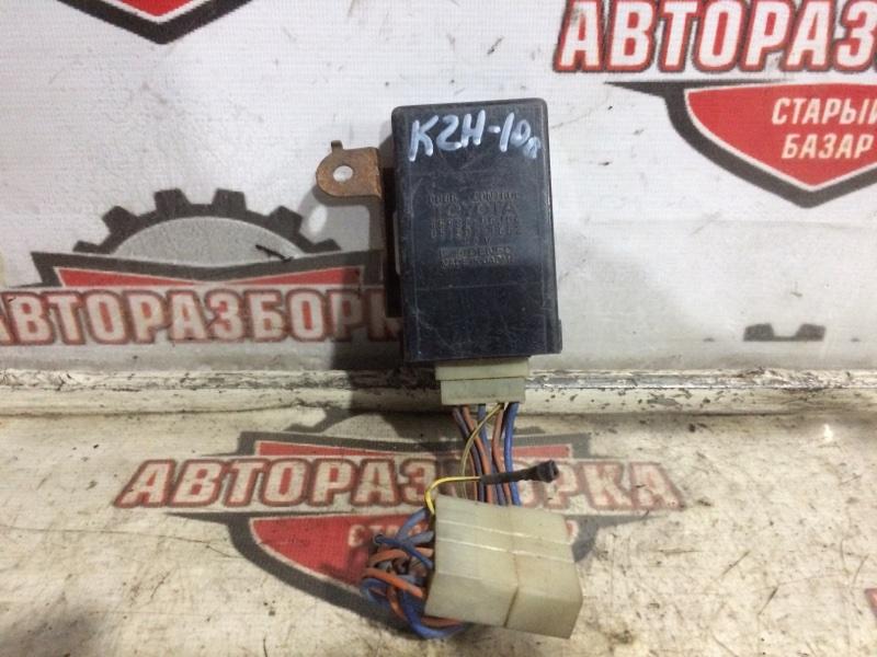 Блок электронный Toyota Hiace KZH100 (б/у)