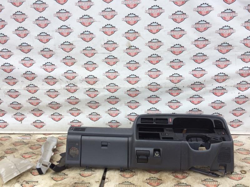 Панель приборов Toyota Hiace LH186 5L 2001 (б/у)