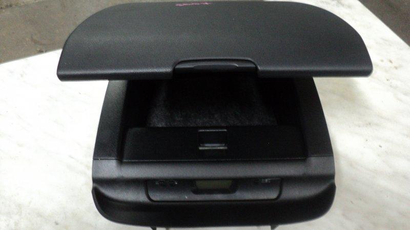 Бардачок в панель Subaru Forester SG5 EJ20