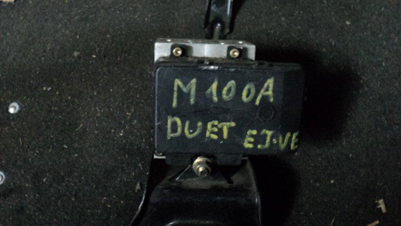 Блок abs Toyota Duet M100A