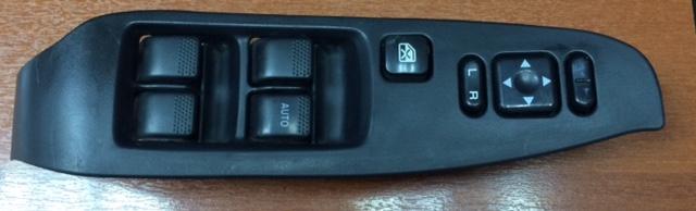 Блок управления стеклоподьемниками Subaru Legacy BE5 передний правый