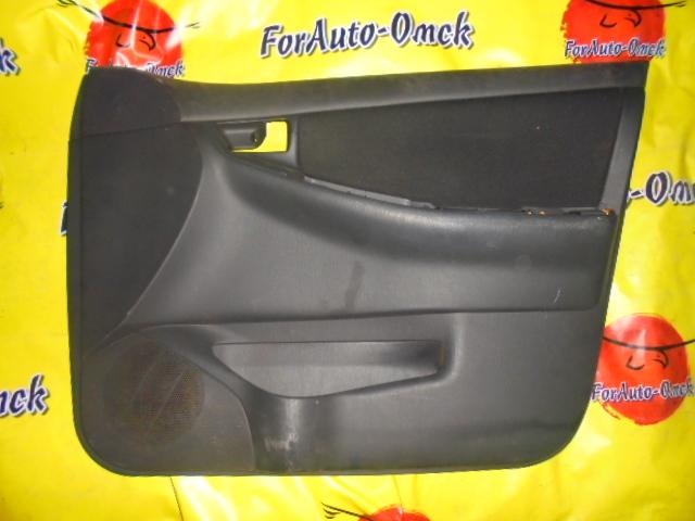 Обшивка дверей Toyota Corolla NZE121 1NZ-FE передняя правая