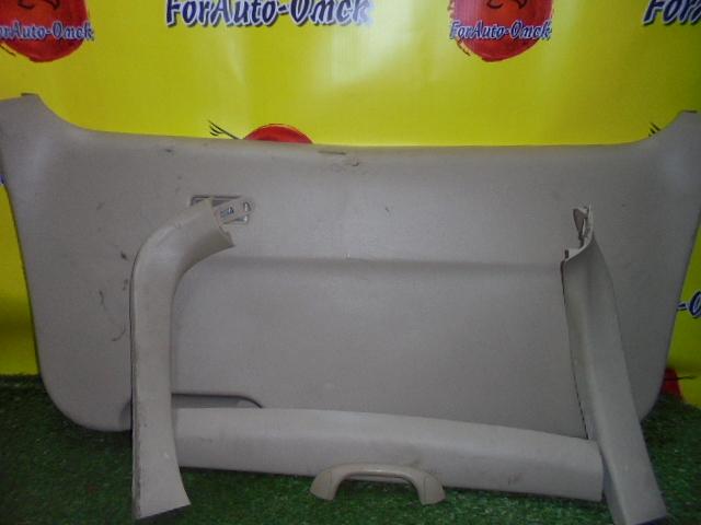 Обшивка двери багажника Mazda Mpv LWEW FS