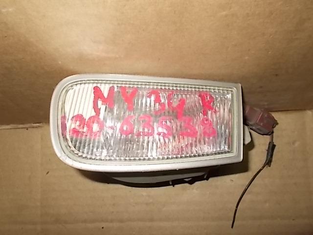 Повторитель в бампер Nissan Cedric HY34 правый
