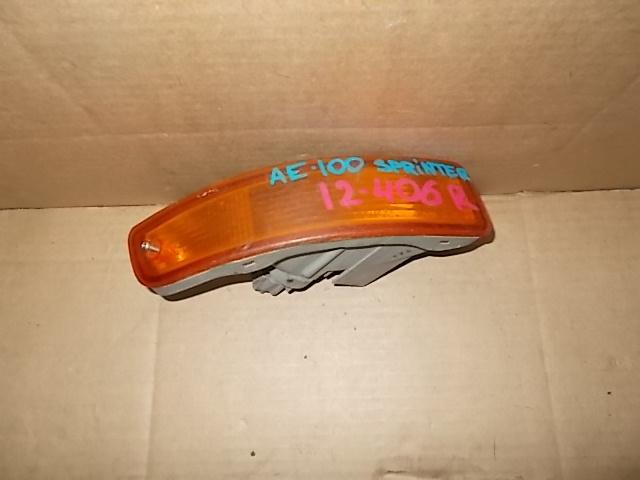 Повторитель в бампер Toyota Sprinter AE101 5A-GE правый