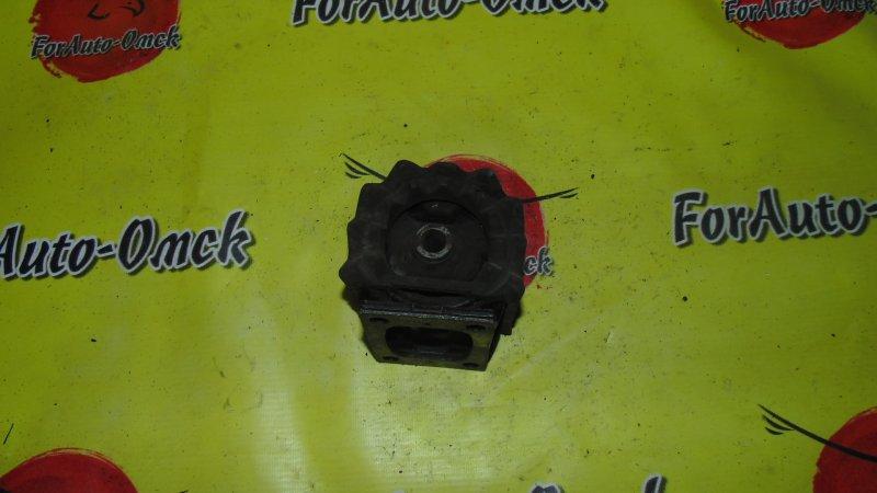 Подушка кпп Toyota Townace KR42V