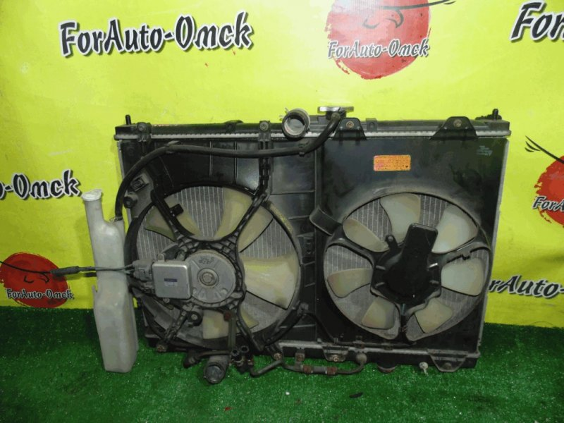 Радиатор двс Mitsubishi Chariot Grandis N64W