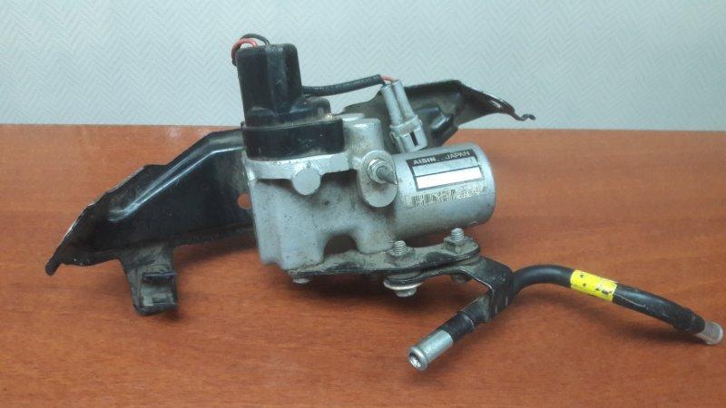 Распределитель тормозной Toyota Prius NHW20