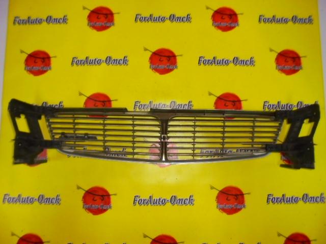 Решетка радиатора Nissan Leopard JY33