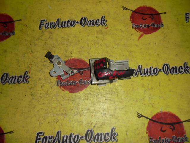 Ручка двери внутренняя Mazda Capella GW8W передняя левая
