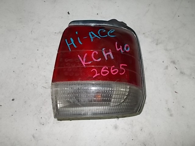 Стоп-сигнал Toyota Hiace Regius KCH40W 1KZ-TE правый